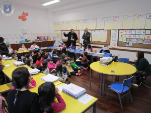 Romeiros Ribeira Quente celebram reis escola EBI Ribeira Quente